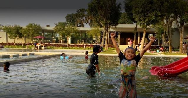 Harga Tiket Masuk Kolam Renang Bukit Golf Riverside Cibubur