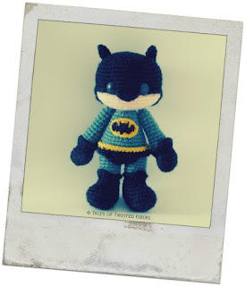 AMIGURUMI-CROCHET-BATMAN