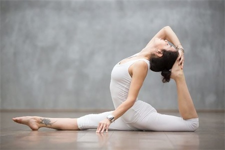 Can women lose weight by practicing yoga? It turned out that Yoga had something to do with body building.
