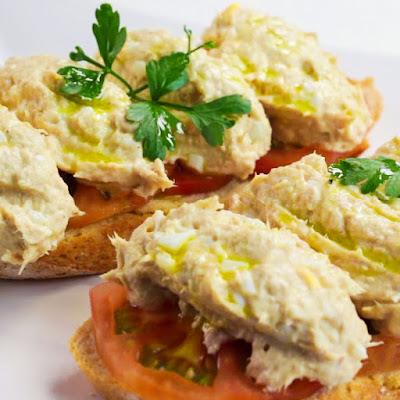 ご家庭で簡単にできるイタリア料理ツナのブルスケッタ