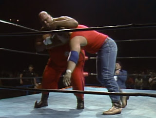 NWA Starrcade 1985 - Abdullah The Butcher faced Manny Fernandez in a 'Sombrero on a Pole' Mexican Death Match