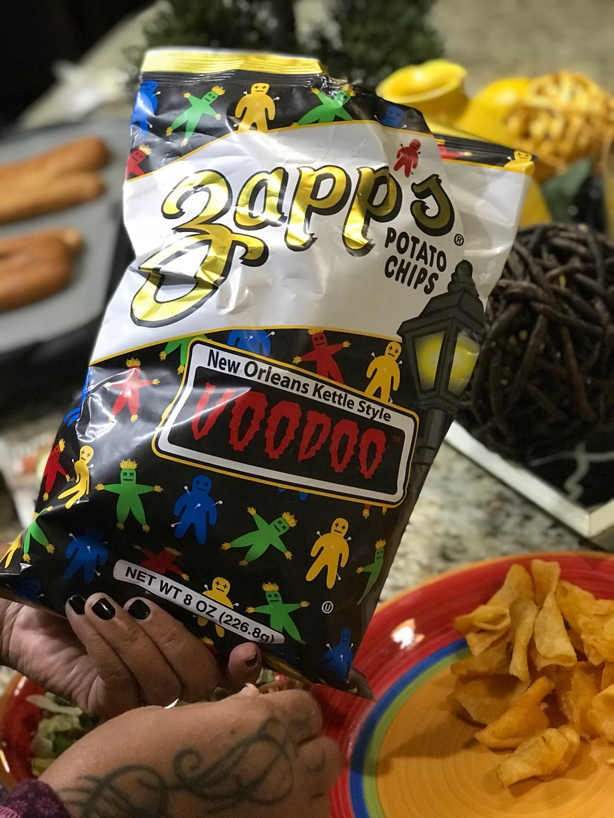 Using Zapps Voodoo chips to pair with Shrimp Po Boys