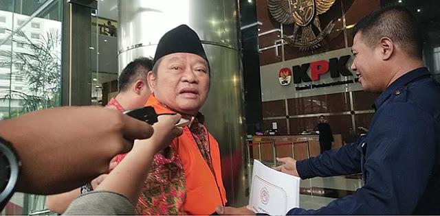 Geledah Rumah Dinas Bupati Sidoarjo Saiful Ilah, KPK Angkut Dokumen Dan Uang Tunai
