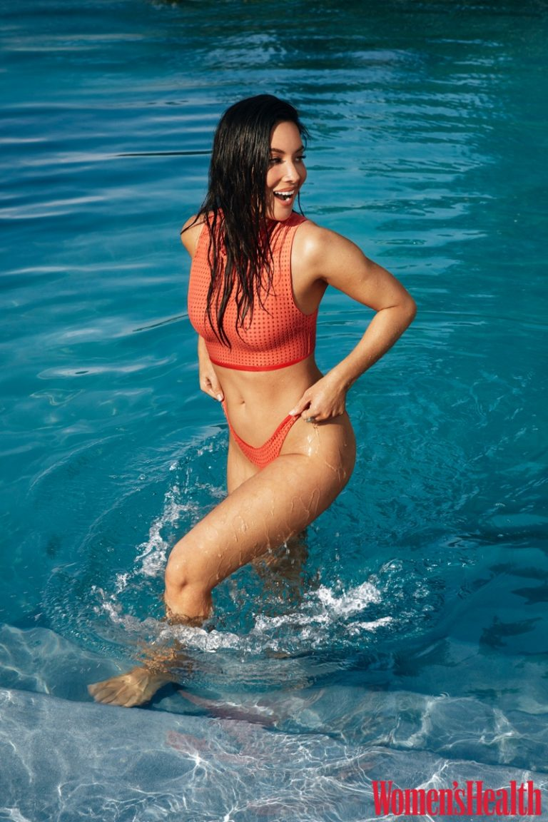 Flaunting her body, Olivia Munn wears Acacia bikini and bottom
