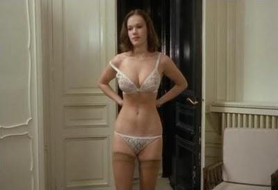 Candace Cameron Bure desnuda - Fotos y Vdeos