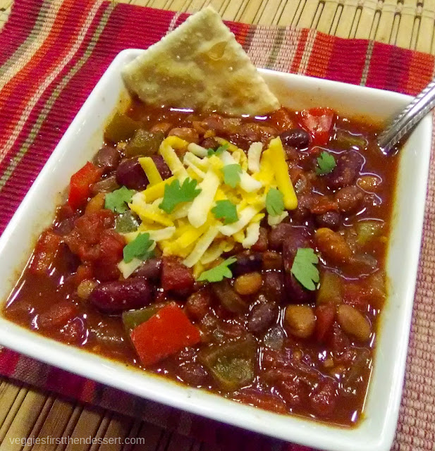 Crockpot Vegetarian Chili: Veggies First, Then Dessert