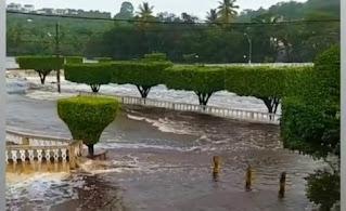 Chuva causa alagamentos em cidades do interior da Bahia