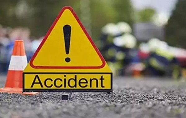 Kollam, News, Kerala, Accident, Accidental Death, Injured, Woman, Auto Driver, Two death in kollam road accident