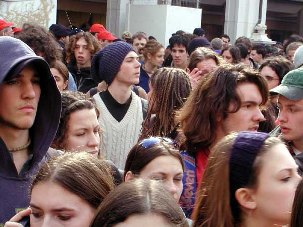 Istat: a luglio la disoccupazione sale al 9,7%: senza lavoro il 31,1% dei giovani