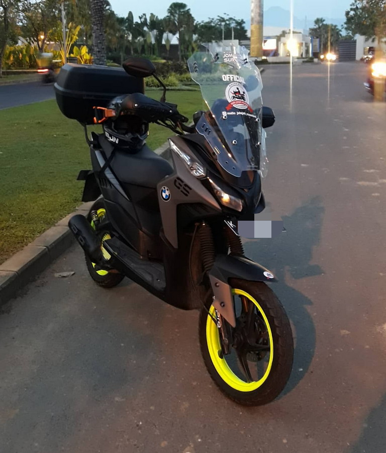 Modifikasi Vario Techno 110 Tampil Ala Matic Touring Otofery