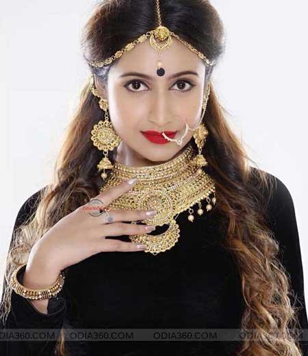 Pretty Hot Debjani Deghuria Odia Actress HD Wallpaper Download