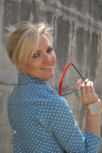 mariafelicia magno fashion blogger color block by felym fashion blogger italiane blog di moda blogger italaine di moda ragazze bionde blondie blonde hair blonde girls orologio in legno gufo italy gufo design blue eyes fashion bloggers italy influencer italiane