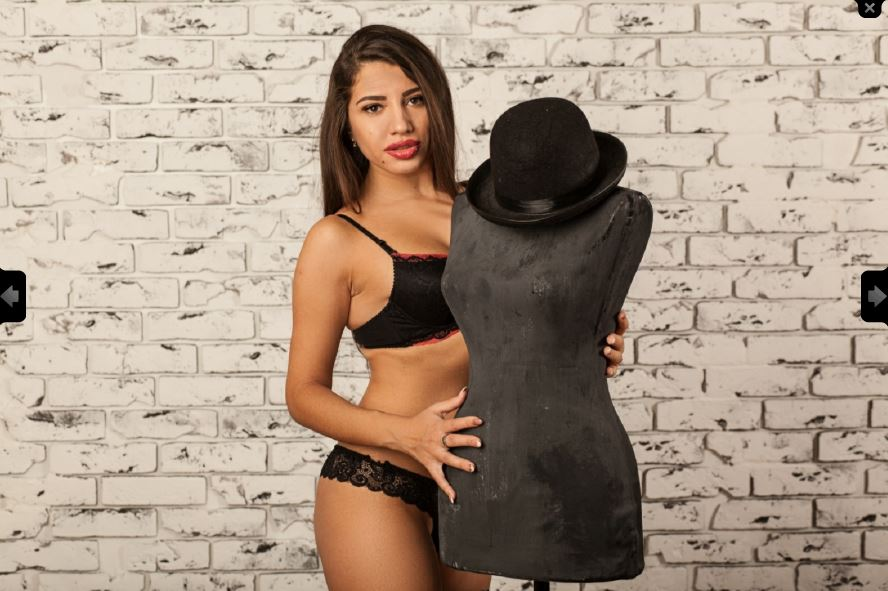 https://pvt.sexy/models/cexg-onehotty/?click_hash=85d139ede911451.25793884&type=member