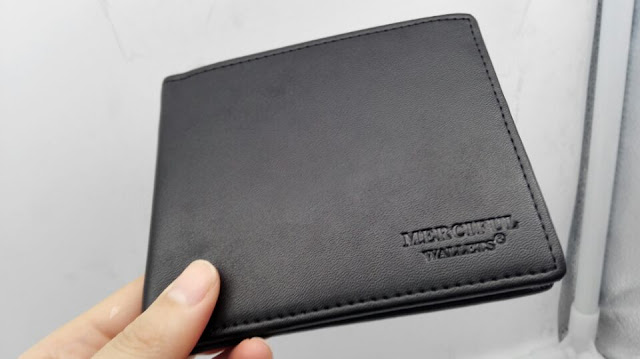 Merciful black Bifold wallet purse man/woman Credit card Chip RFID hacking protection function