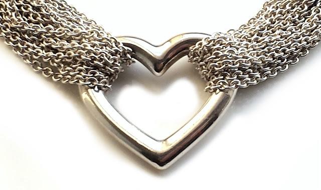 Bracelet for Men, which Usually wears Sporty or Rocker Look
