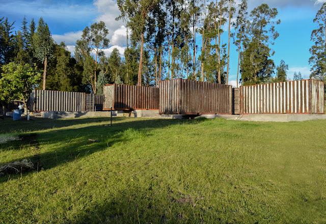 Casa RDP - Shipping Container Industrial Style House, Ecuador 35