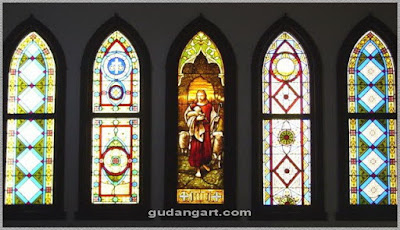 Kaca Patri Gereja