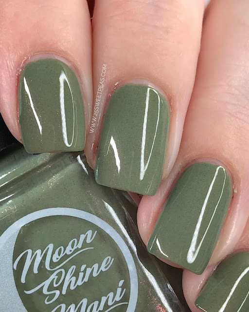 Moon Shine Mani Mr. Green 25 Sweetpeas