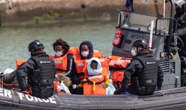 Crise des migrants : le ministre français  des Affaires européennes nie le chaos en Manche et dénonce le Royaume-Uni