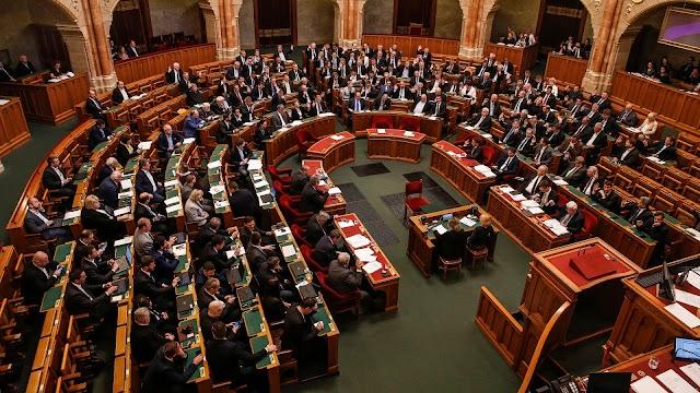 A magyar parlament módosítsa a bíróságok függetlenségét befolyásoló törvényjavaslatot
