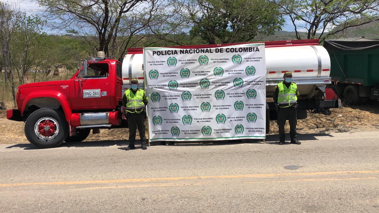 https://www.notasrosas.com/ incauta combustible, cigarrillos e inmoviliza vehículos en vías de La Guajira