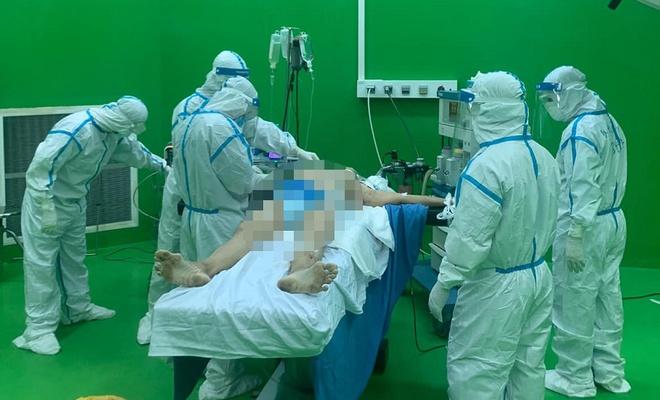 Bệnh nhân 888 xuất huyết tiêu hóa nặng