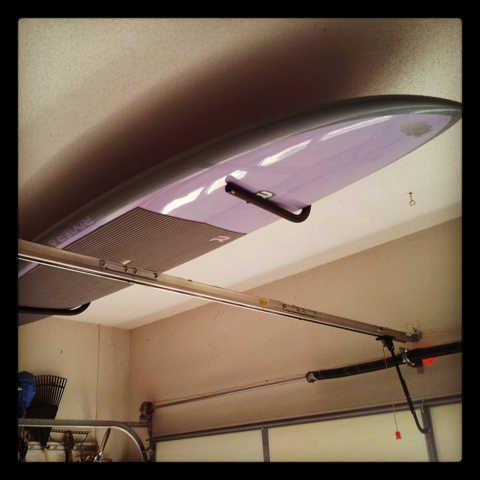 single paddleboard ceiling wall rack