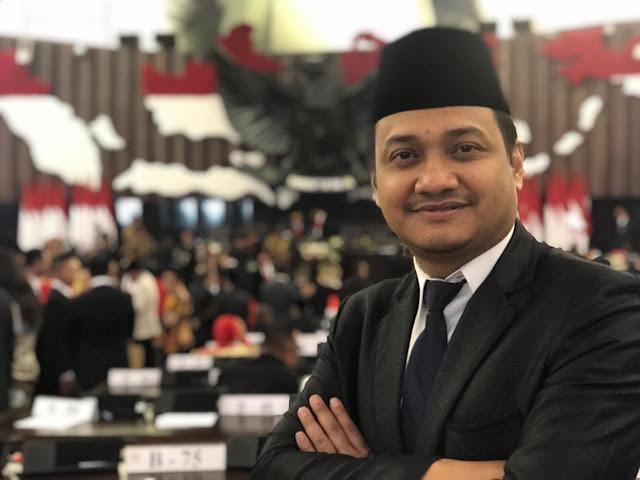 Senator DPD RI Tolak Revisi UU KPK dan RKUHP - Kompas Timur
