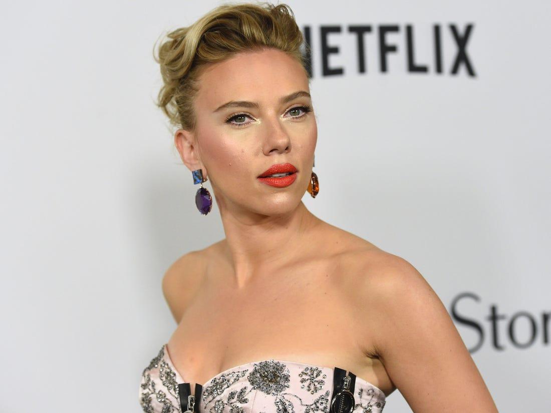 Scarlett Johansson的下巴可以說是沒有死角