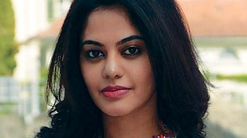 BIGG BOSS BINDHU SIGNS HER NEXT FILM FINALLY!!
