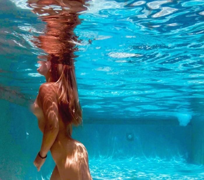 В воде и под водой. Reisha Perlmutter