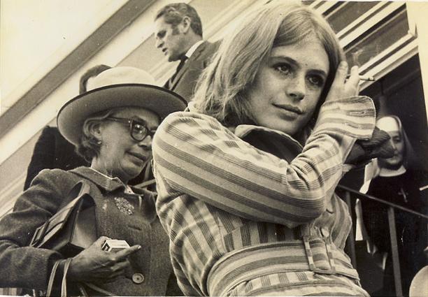 Eva von Sacher-Masoch mit ihrer Tochter Marianne Faithfull