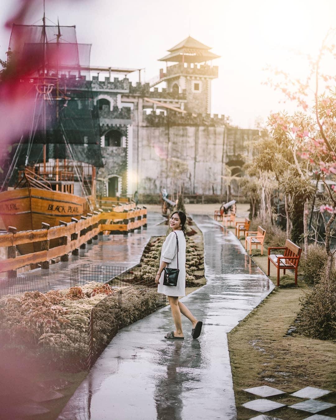 Wisata Jogja Terbaru The Lost World Castle