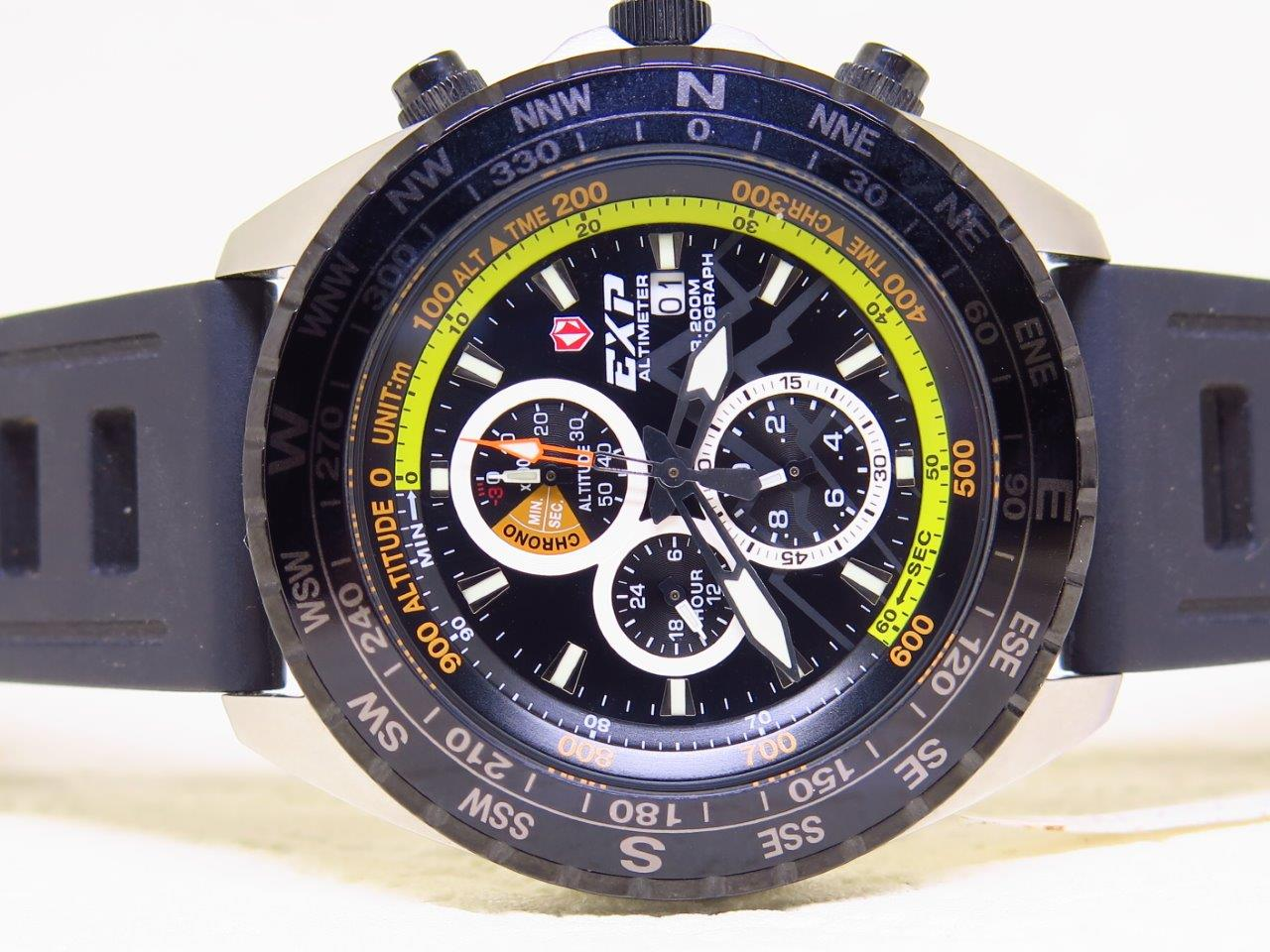 EXP ALTIMETER CHRONOGRAPH 200M with ISROFRANE RUBBER STRAP