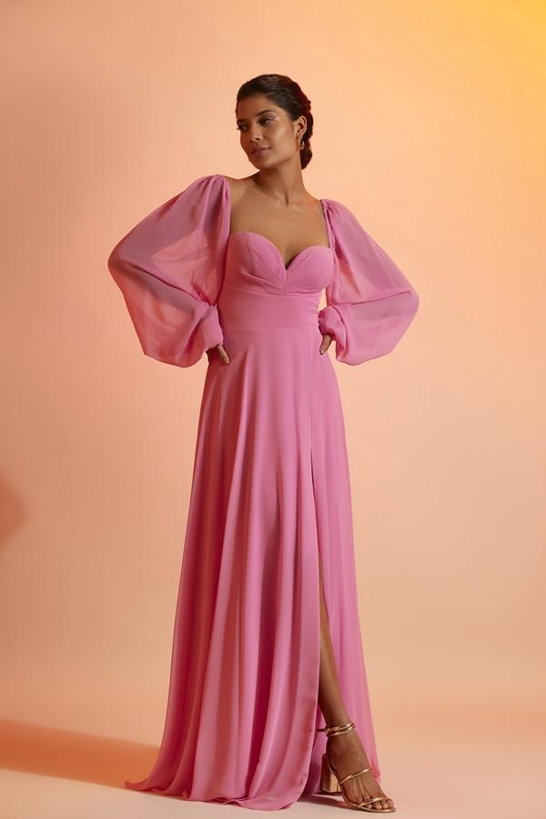 vestido longo rosa com mangas longas para madrinha de casamento