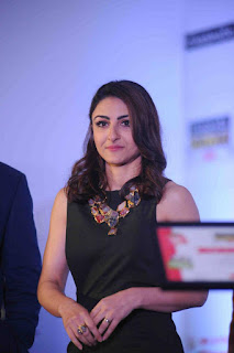 Actress Soha Ali Khan Pictures in Black Short Dress at Spelling Bee Event 2016 0002
