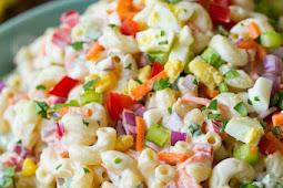 ★★★★★     Classic Macaroni Salad