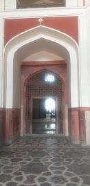 हुमायू की कब्र व प्रवेश  गेट
