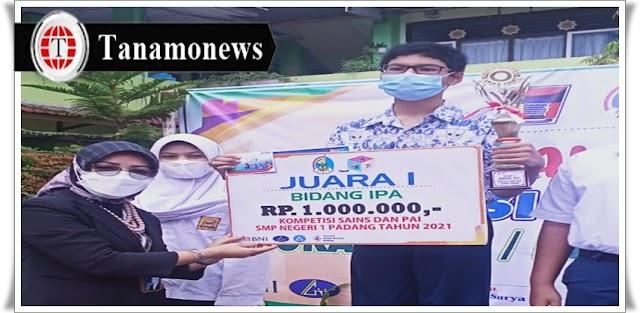 BNI Cabang Padang Beri Hadiah Rp. 10 Juta untuk Pemenang Kompetisi Sains dan PAI