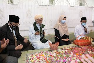 Hari Pahlawan, Wagub Ziarah ke Makam Maulana Syaikh