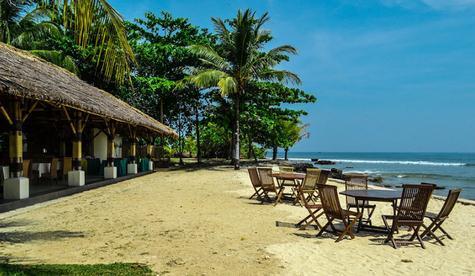 panorama tanjung lesung beach