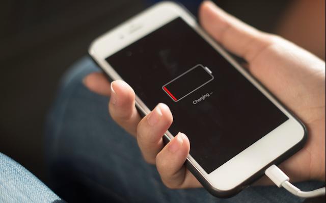 Tidak Memakai Smartphone Saat Charging