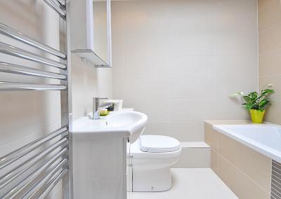 Cara Menata kamar mandi sederhana