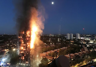 (PHOTOS/VIDEO) Fire engulfs 27-storey apartment tower block in west London