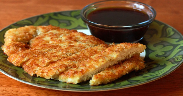 Crispy Panko Chicken With Apricot Dipping Sauce Recipe