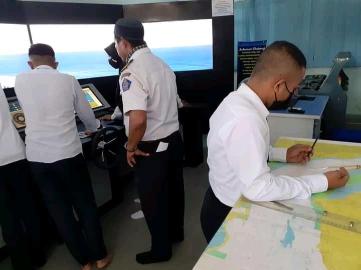 SMK Pelayaran Nasional Batam punya Deck Simulator