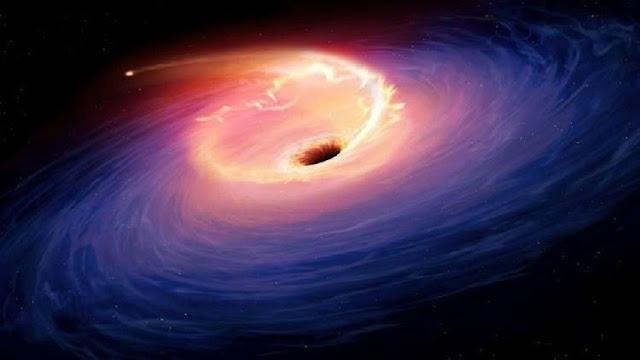 ثقب أسود يتوسط مجرة