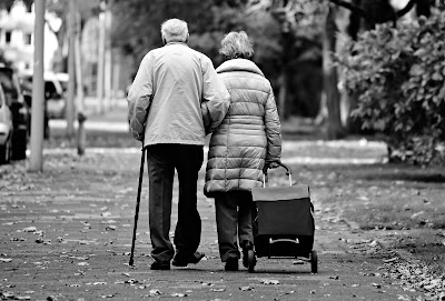 المشي ! فوائد المشي ! أهمية المشي