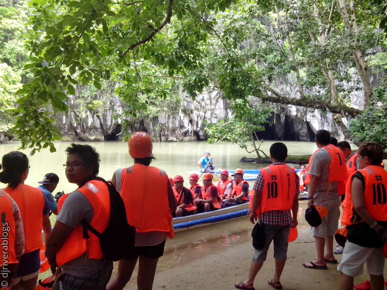 Puerto Princesa Underground River tourists
