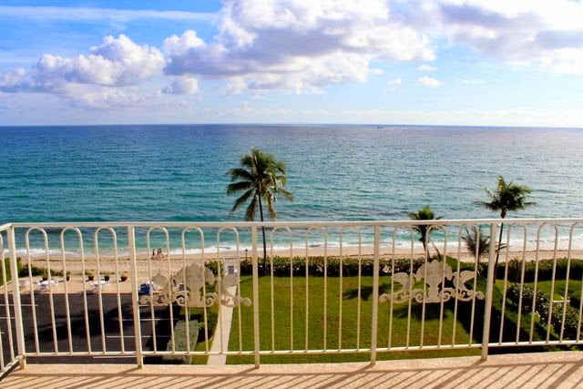 Oceanfront Condo For Sale in Palm Beach